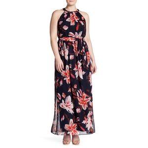 Plus size floral print pleated maxi dress